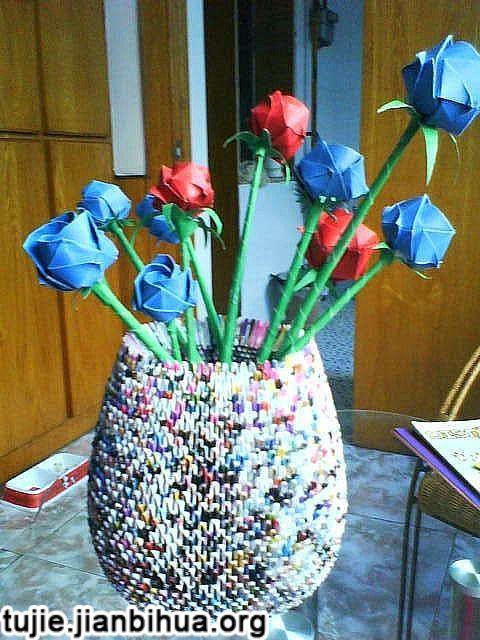 传统手工 > 三角插花瓶教程图解