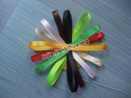 彩带折花方法图解